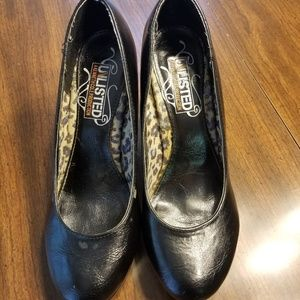 Unlisted by Kenneth Cole heels Size 8